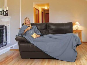 fleecová deka s rukávy