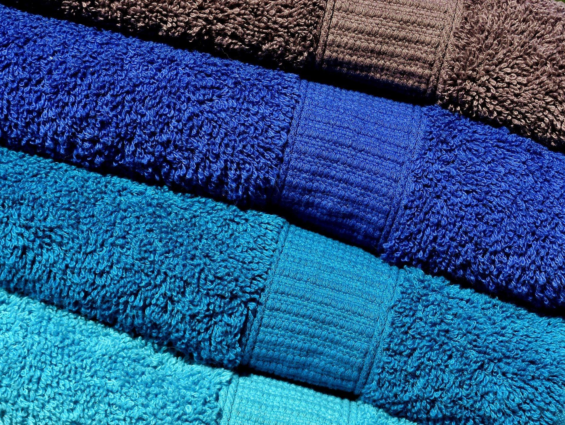 Deky, ručníky, osušky a župany